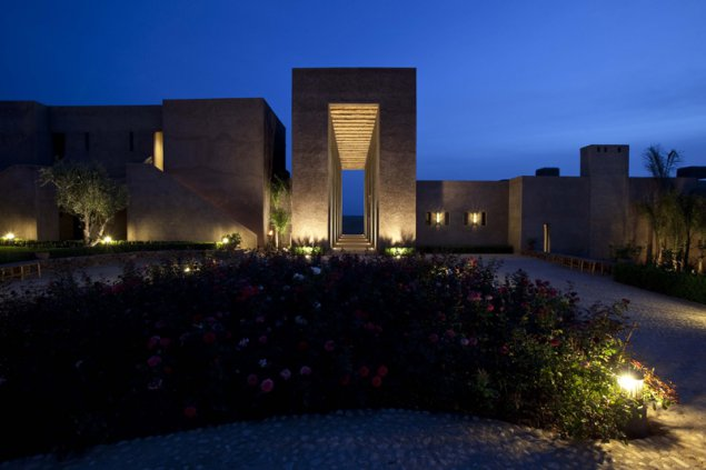 eifeler mundart horst reddmann leitet hotel in marokko. Black Bedroom Furniture Sets. Home Design Ideas