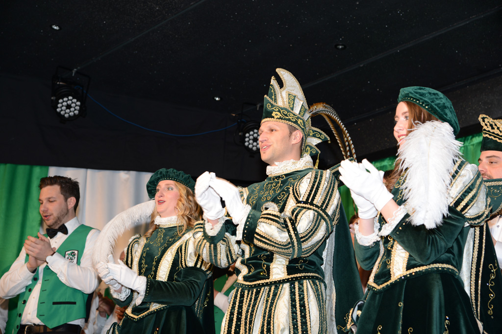 Prinz Karneval 2018: David II. nebst Paginnen (Bild: Anke Thomé)