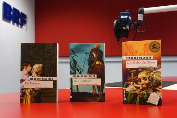 Bernhard Wucherer liest aus seiner Pest-Trilogie (Bild: Olivier Krickel/BRF)